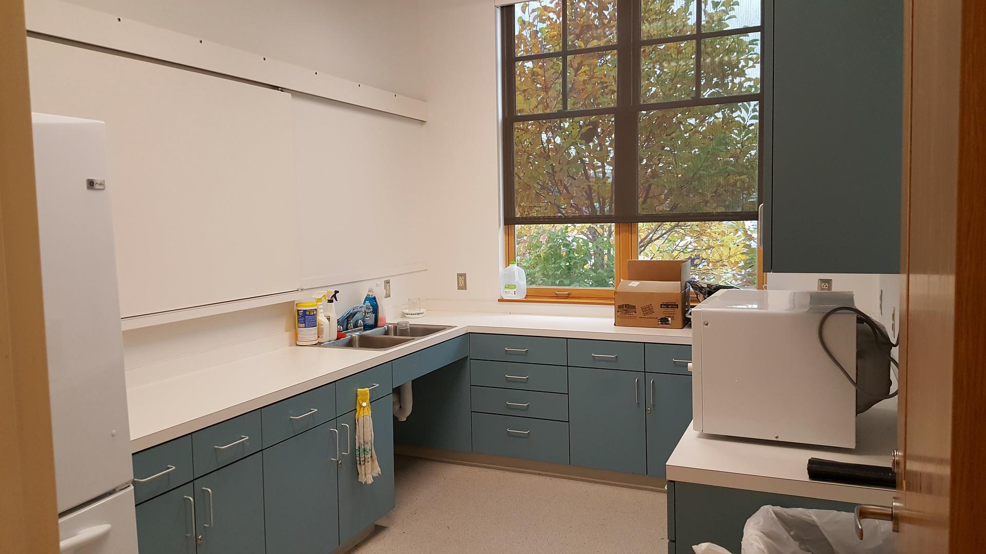 kitchen-1792483_1920
